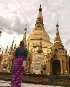 Valeu a dica das @amigazdeviagem -  A @grazielygervasoni fez uma viagem pela Ásia e incluiu no roteiro Myanmar um país que foi aberto ao turismo há pouco tempo!! Tamanha foi a surpresa em conhecer esse país !! Ficaram 3 dias em Yangon e 3 dias em Bagan foram dias incríveis de muito aprendizado e cultura! Ah lembrando que para visitar o país é preciso fazer o Pré-Visto pela internet e o valor é bem salgadinho kkkk 50 dólares por pessoa ! Mas ela garante que vale muito a pena! É um país muito…