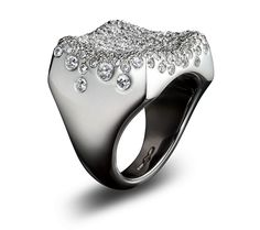 aah perfect for the skiing season: Solange Snowy Muz ring
