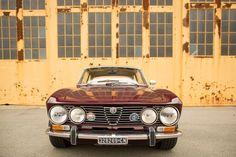 Contemporary web development by using the Photos of the impressive Alfa Romeo type 105 series Alfa Romeo Gtv 2000, Alfa Romeo Giulia, Alfa Bertone, Mercedes 300sl, African Market, Best Classic Cars, Mini Trucks, Custom Trucks, Sport Cars