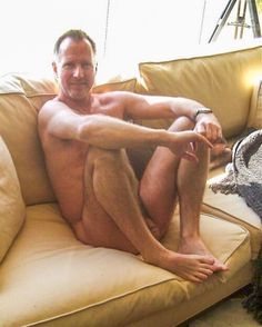 www.perfecthandsomedaddies.tumblr.com