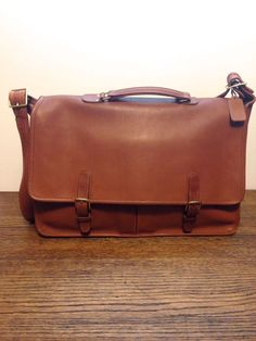 Vintage Coach Leatherware Briefcase British Tan Messenger Glove Leather USA   Coach  BusinessCase Saddle Leather af962e5e95d1a