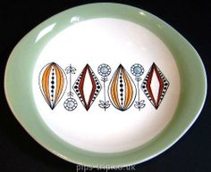 SOLD POTTERY ARCHIVES : Scandinavian Pottery 1 : Egersund (Norway) Stylised 1950's Design Oval Plate Ceramic Plates, Ceramic Pottery, Decorative Plates, 1950s Design, Design Movements, Scandinavian Home, Tile Art, China Porcelain