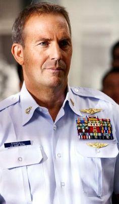 Kevin Costner                                                                                                                                                      Más