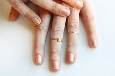 mid-finger rings