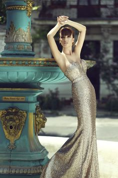 Look effortlessly beautiful and seductive in mesmerizing CRISTALLINI evening creations that shapes the silhouette harmoniously and fascinate the eye! Sequin Evening Gowns, Evening Dresses, Formal Dresses, Full Length Gowns, Luxury Dress, Flare Dress, Wedding Gowns, Luxury Fashion, Fashion Dresses