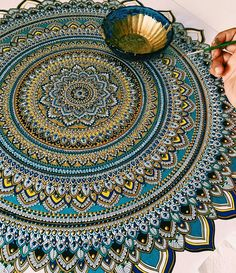 "artisinspiration: "" Art blog : artisinspiration | photos | poses | drawing tutorials | wallpapers | amazing art | """