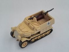Capsule Q KAIYODO WTM World Tank Museum German Schutzenpanzerwagen Sand Yellow