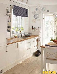 ikea kitchen ideas fresh kitchens throughout kitchen ikea kitchen ideas ikea kitchen ideas ima Kitchen Ikea, Kitchen Interior, New Kitchen, Kitchen White, Kitchen Wood, Kitchen Dining, Kitchen Small, Kitchen Decor, Space Kitchen