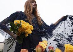 #hermionedepaula #eveningwear #couturefashion #occassionwear #weddinginspiration Wedding Venues, Wedding Photos, Wedding Types, Hermione, Couture Dresses, Special Occasion Dresses, Couture Fashion, Girl Crushes, Wedding Designs