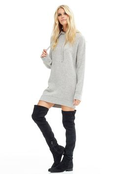 460c138f53 354 grams of 100% pure cashmere in 9-gauge knit Casual and chic hooded