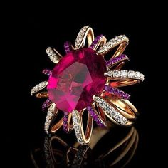#happythursday Absolutely #breathtaking #ring #adorned with #gorgeous #ruby of #flamboyant #color, #sapphires and #diamonds -#unique #jewelry