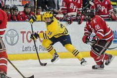 Big Ten Hockey: Dylan Larkin departs Michigan after one season for Detroit