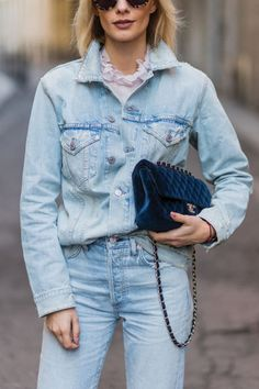 6 Fashionable Ways to Tuck in Your Shirt via @PureWow