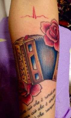 Inspiration for tattoo in memory of Grandad who loved to play his accordion :)