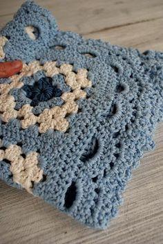Transcendent Crochet a Solid Granny Square Ideas. Inconceivable Crochet a Solid Granny Square Ideas. Crochet Borders, Crochet Squares, Crochet Granny, Baby Blanket Crochet, Crochet Stitches, Crochet Baby, Knit Crochet, Crochet Patterns, Granny Squares