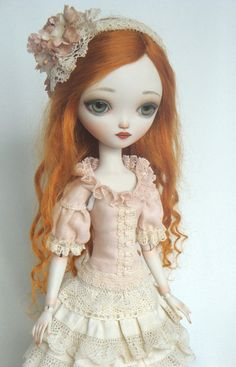 Julie no4 - Porcelain ball jointed doll BJD