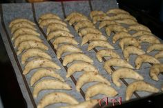 Peach Cookies, Scones, Sausage, Biscuits, Food And Drink, Meat, Cake, Desert Rose, Recipes