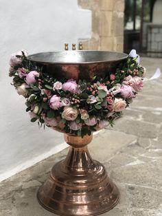 Ροζ Παιωνιες Vase, Home Decor, Decoration Home, Room Decor, Vases, Home Interior Design, Home Decoration, Interior Design, Jars