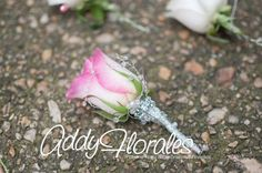 pink boutonier with silver details www.addyflorales.com