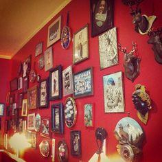 Peek-a-boo Lille #vintage lucinevintage.com