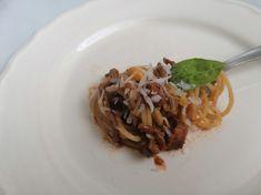 Poctivé bolonské špagety, overené recepty Spaghetti, Ethnic Recipes, Food, Essen, Meals, Yemek, Noodle, Eten