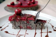 Višňovo-maková torta bez múky A Food, Food And Drink, Sweet Tooth, Pudding, Healthy Recipes, Desserts, Gardening, Cakes, Fitness