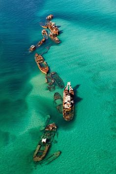 Naufrágios no Triângulo das Bermudas                                                                                                                                                                                 Mais