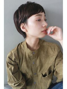 ナヌーク シブヤ(nanuk shibuya) 【nanuk】眉上のワイドバングで個性をプラス◇タイトショート