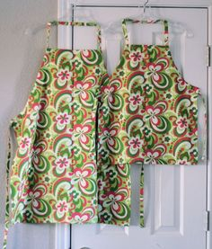 How to sew an adjustable chef's apron  includes down loadable pattern