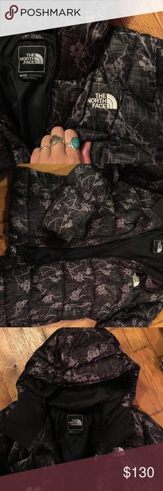 North face floral 600 down jacket Only worn two times!!!! Super warm North Face 600 series down jacket. Has pretty much a full life left! Pulls for adjusting fit at the bottom of the jacket! North Face Jackets & Coats Puffers