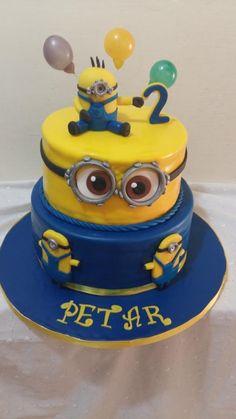 Minion cake by Iva Halacheva