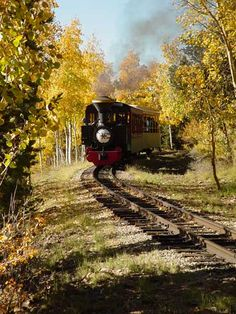 Enjoy a 45-minute scenic trip of Cripple Creek and Victor Colorado aboard this steam locomotive