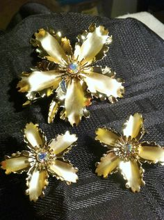 Antique Aurora Borealis Set Aurora Borealis, Free Items, Vintage Jewelry, Antiques, Ebay, Flower, Gold, Northern Lights, Antiquities