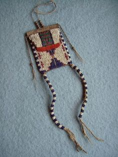 Museum Quality Reproductions of century Plains Indian Art Native American Artwork, Native American Beadwork, Cc Images, Medicine Bag, Bead Loom Bracelets, Beading Projects, Recycled Art, Pouch Bag, Loom Beading