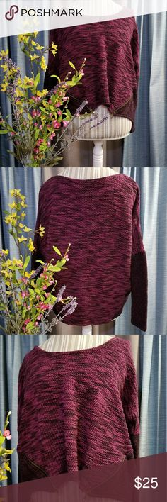 🌻🌺🌻JESSICA SIMPSON CROP TOP SWEATER!! SIZE:large   BRAND:Jessica Simpson   CONDITION:like new, no flaws   COLOR:pinkish purple with black  Cute zippers in the front..can unzip if wanted 😊   🌟POSH AMBASSADOR, BUY WITH CONFIDENCE!   🌟CHECK OUT MY OTHER ITEMS TO BUNDLE AND SAVE ON SHIPPING!   🌟OFFERS WELCOME!   🌟FAST SHIPPING! Jessica Simpson Tops