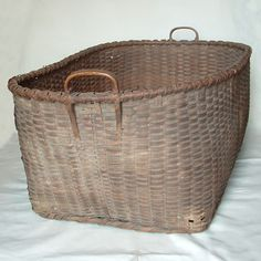beautiful woven splint basket, perfect  laundry basket                             ****