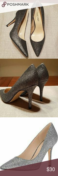 "NWOB Nine West Glitter Pumps Nine West ""Jackpot"" classic style blinged out point toe pump in silver glitter perched atop a 3.5"" heel, Brand new, no box. Simply gorgeous ! Nine West Shoes Heels"