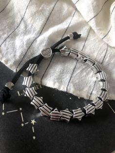 LIZÂRT accesorios Bracelets, Silver, Men, Jewelry, Stars, Bangle Bracelets, Accessories, Bangles, Jewlery