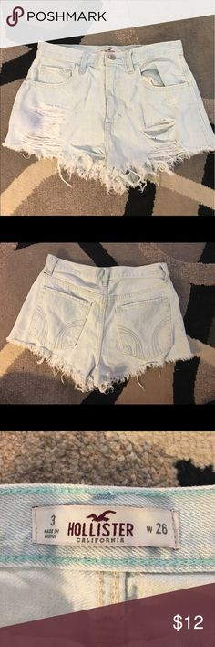 High rise Hollister shorts! Distressed high waisted festival shorts from Hollister! Worn maybe once. In very good condition! Hollister Shorts Skorts