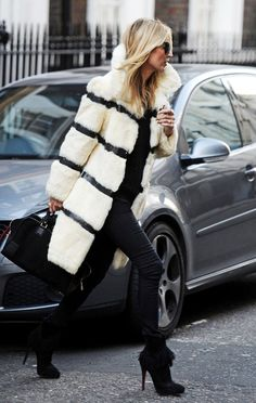 kate moss in a vintage (?) fur