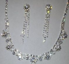 Nice silver tone finish necklace earring set greatg for weddings, proms, pageants costumes or just to make you stand out in a crowd. Very Beautiful.