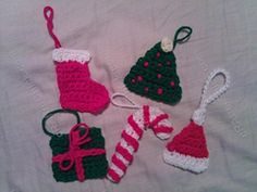 Ravelry: Candy Cane Christmas Ornament Crochet Pattern pattern by Niki Wyre