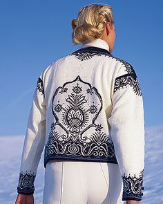 Dale of Norway Stavern Cardigan action image Crochet Tops, Crochet Shawl, Knit Crochet, Knitting Ideas, Knitting Patterns, Outdoor Apparel, Midnight Sun, Wool Cardigan, Crochet Clothes