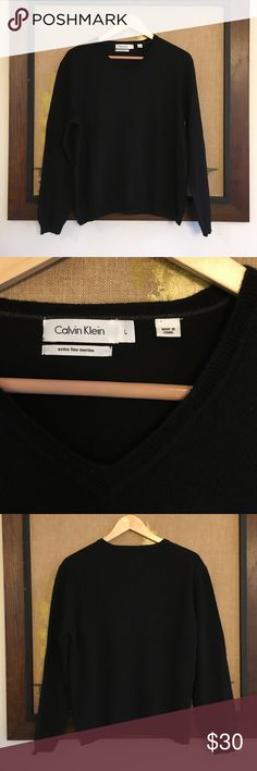 Calvin Klein Extra Fine Merino Wool Sweater Beautiful, in perfect condition, extra fine merino wool V-neck sweater by Calvin Klein. No pilling at all. Calvin Klein Sweaters V-Necks