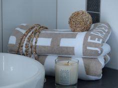 Casa Vik visar Beach house handduk & doftljus
