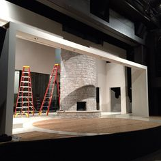 The luxuriously white-on-white mid-century Palm Springs set for OTHER DESERT CITIES loads in. #scenicdesign #theatre