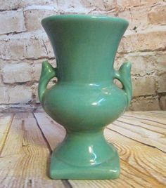 "Haeger Pottery Green Two Handled Urn Vase 4.5""  Vintage Small Ware 1741 w/ Label"