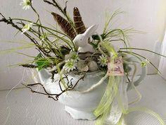 Osterdeko - Ostern in der Teekanne - ein Designerstück von gittirai bei DaWanda
