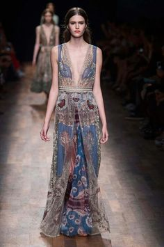 Valentino filled the runway with romantic flowy dresses at Paris Fashion Week!
