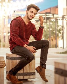 Make today so awesome, yesterday gets jealous. Creative Photography Poses, Dream Photography, Boy Photography Poses, Modeling Photography, Cute Boy Photo, Photo Poses For Boy, Photoshoot Pose Boy, Swag Boys, Dear Crush